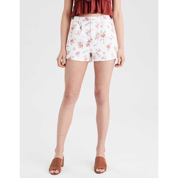 American Eagle Floral High Rise Mom Short